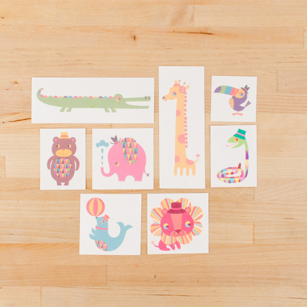 tattly_tattly_menagerie_set_web_product_01_grande